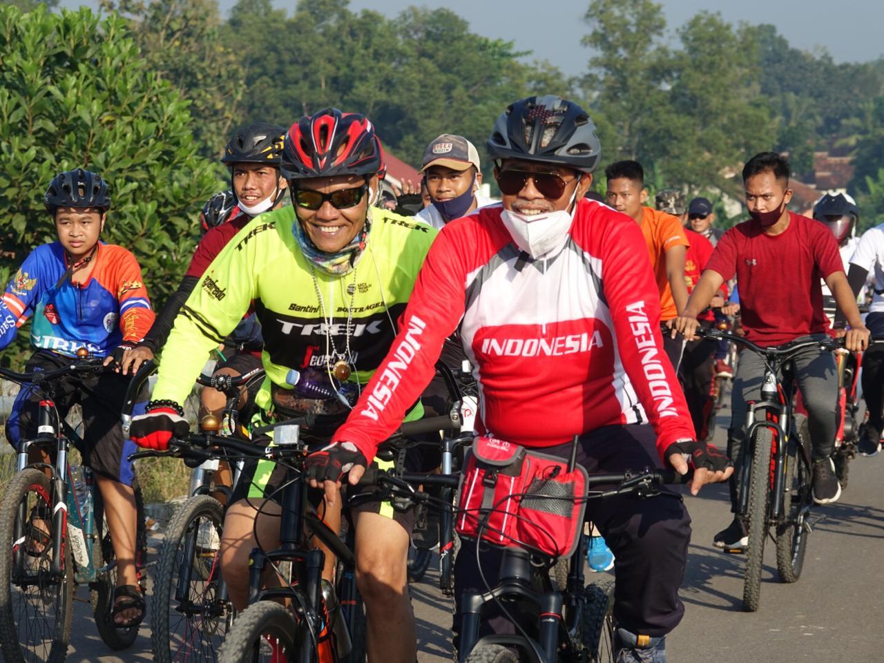 Bupati Lampung Tengah Goes Bareng Bersama Dandim 0411