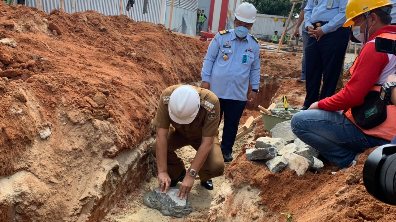 Bupati Musa Ahmad Pantau Vaksinasi Sekaligus Peletakan Batu Pertama Gedung Kantor Lapas II B Lamteng