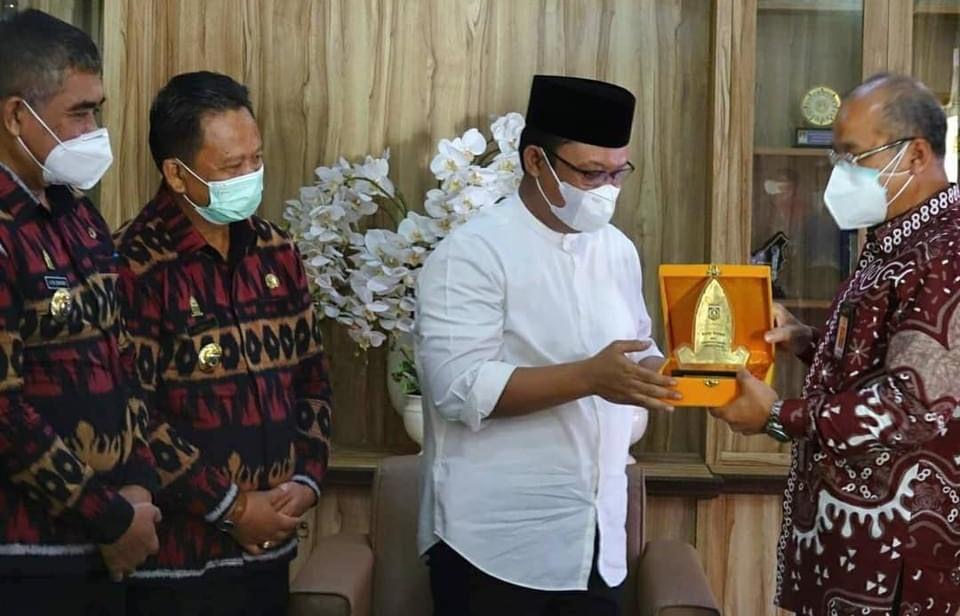 Kepala PPKB Lamteng Dampingi Wabub Ardito Terima Kunker Plt BKKBN Lampung